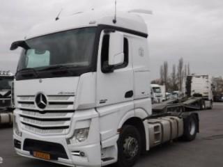 شاحنه مرسيدس اكتروس  1845 mp4 (2*4)للبيع والسعر تحدى